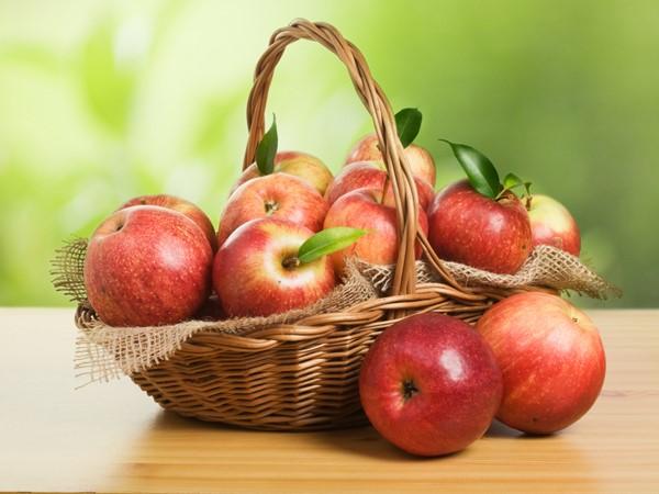 10 thực phẩm giảm Acid uric - táo